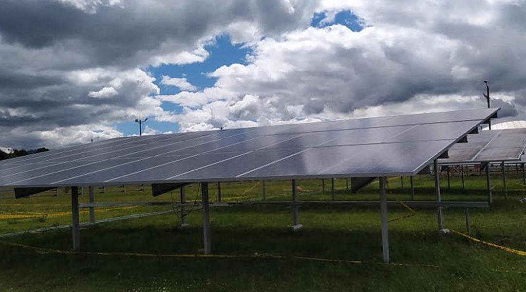 Cenit pone en marcha seis nuevas plantas solares en estaciones